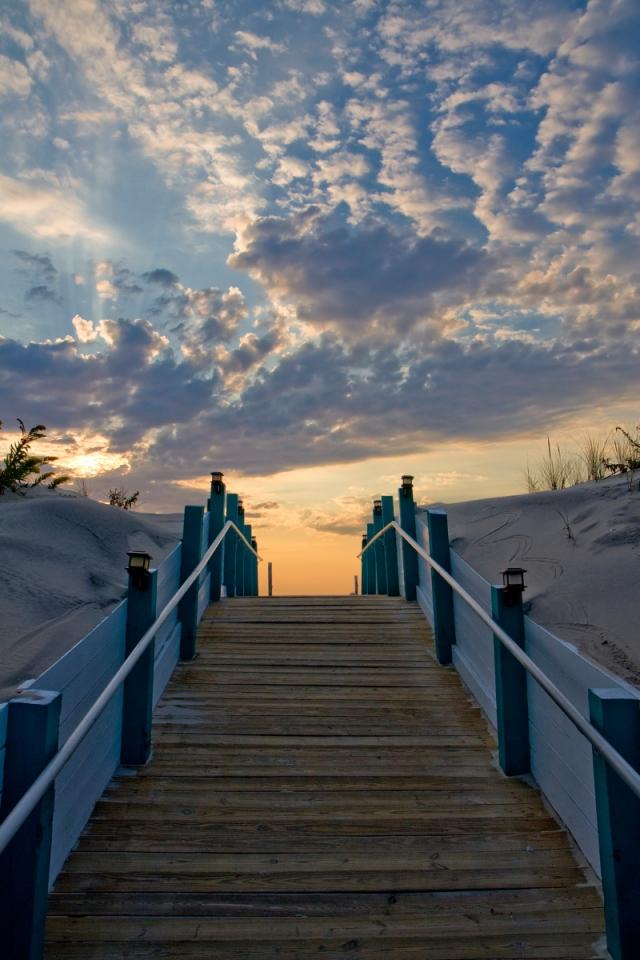 Dune-Walkway-to-Beach