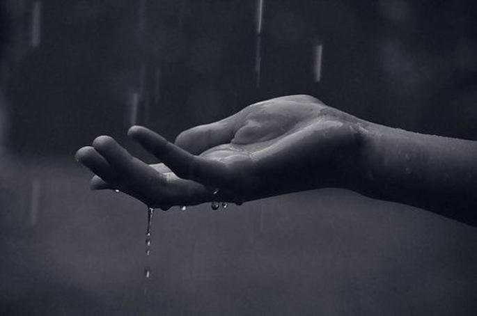 hand-rain